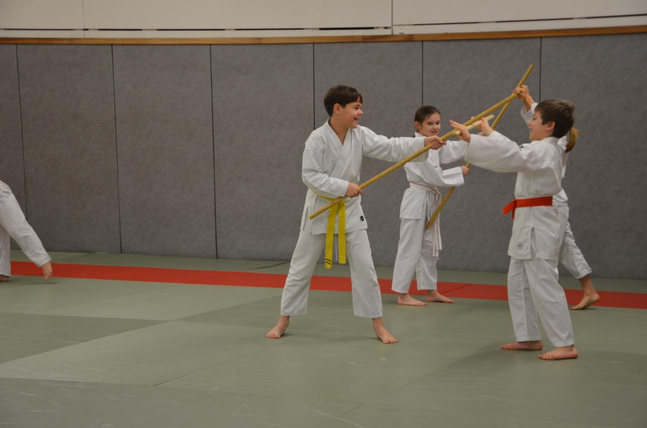 karate valence (24)